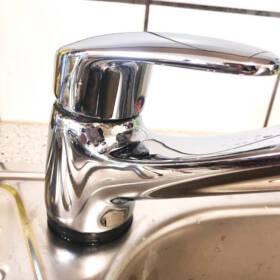 Миття сантехніки у ванній ПІСЛЯ