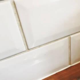 Миття швів між плиткою ДО